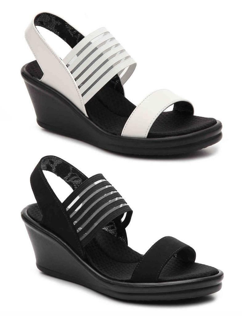 Skechers Pretty, Confortable Sandales en noir et blanc, moyen et large