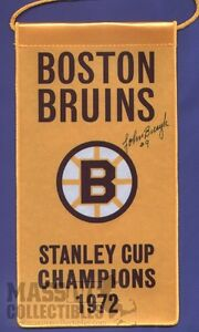 Johnny-Bucyk-Boston-Bruins-Autographed-1972-Stanley-Cup-Champions-mini-banner