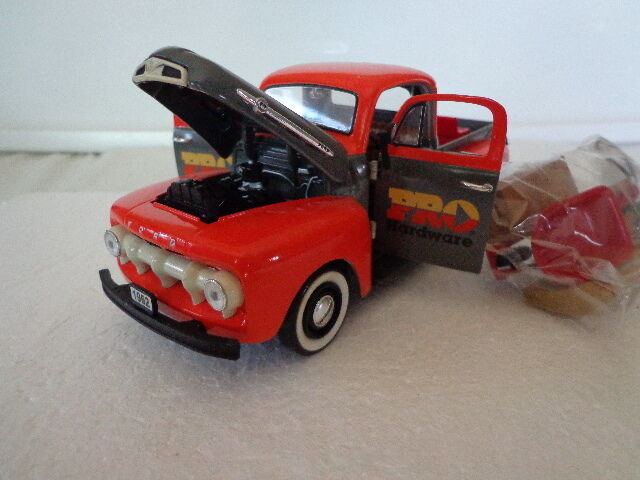 Crown Jewels Colección 1 24 Diecast 1952 Ford F-1 Pickup Pro hardware