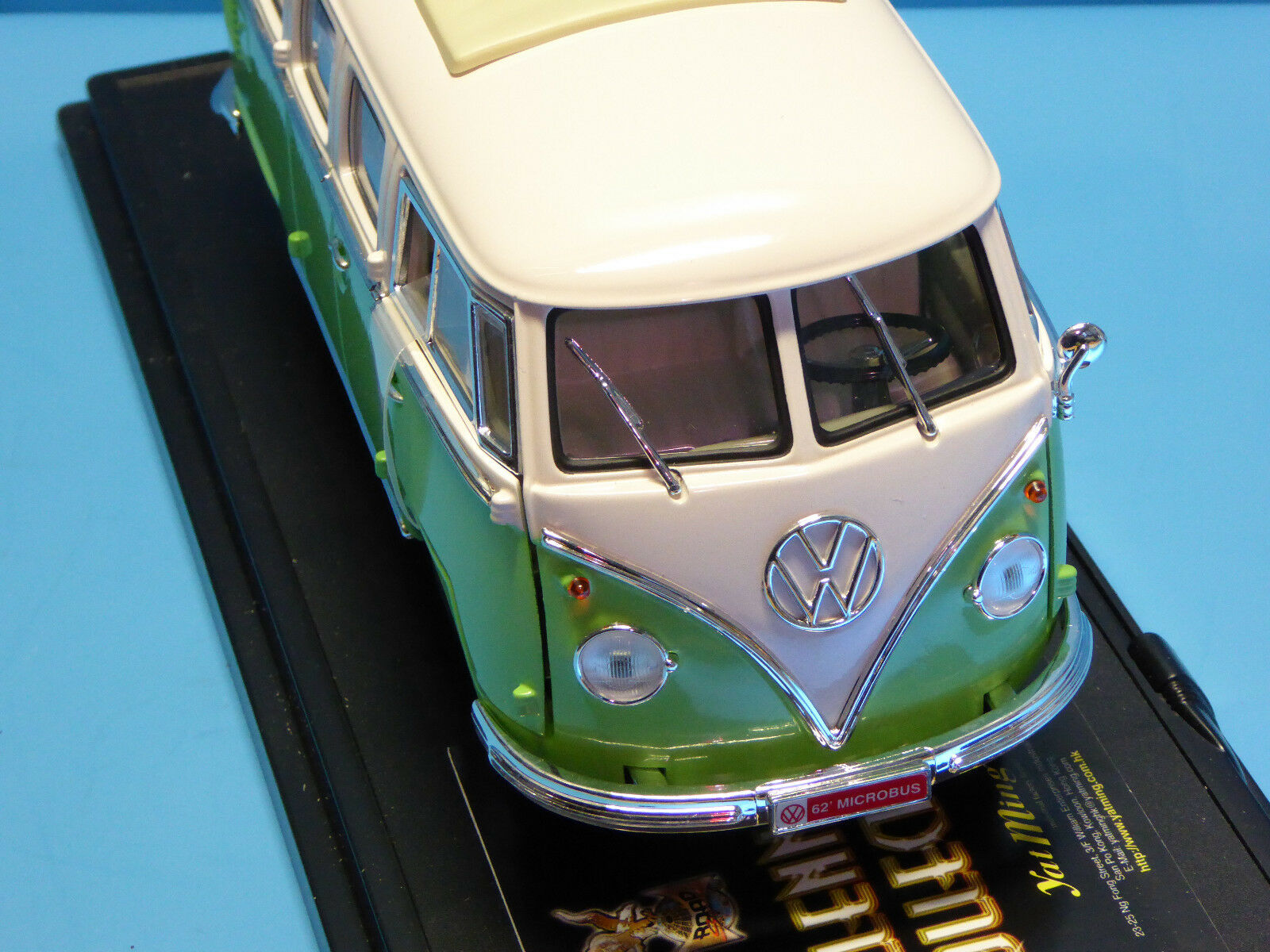 Yat Ming 1 1 1 19 VW Microbus T1    green Weiss   mit OVP (OR10 23316e