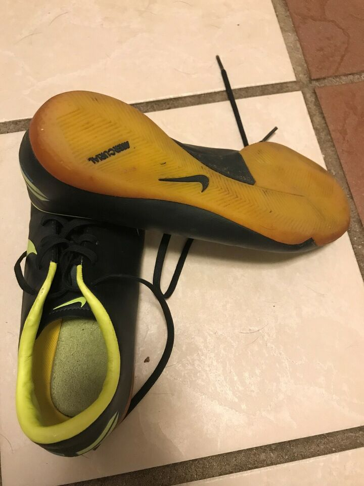 Indendørs sko, Kondisko, Nike Mercurial