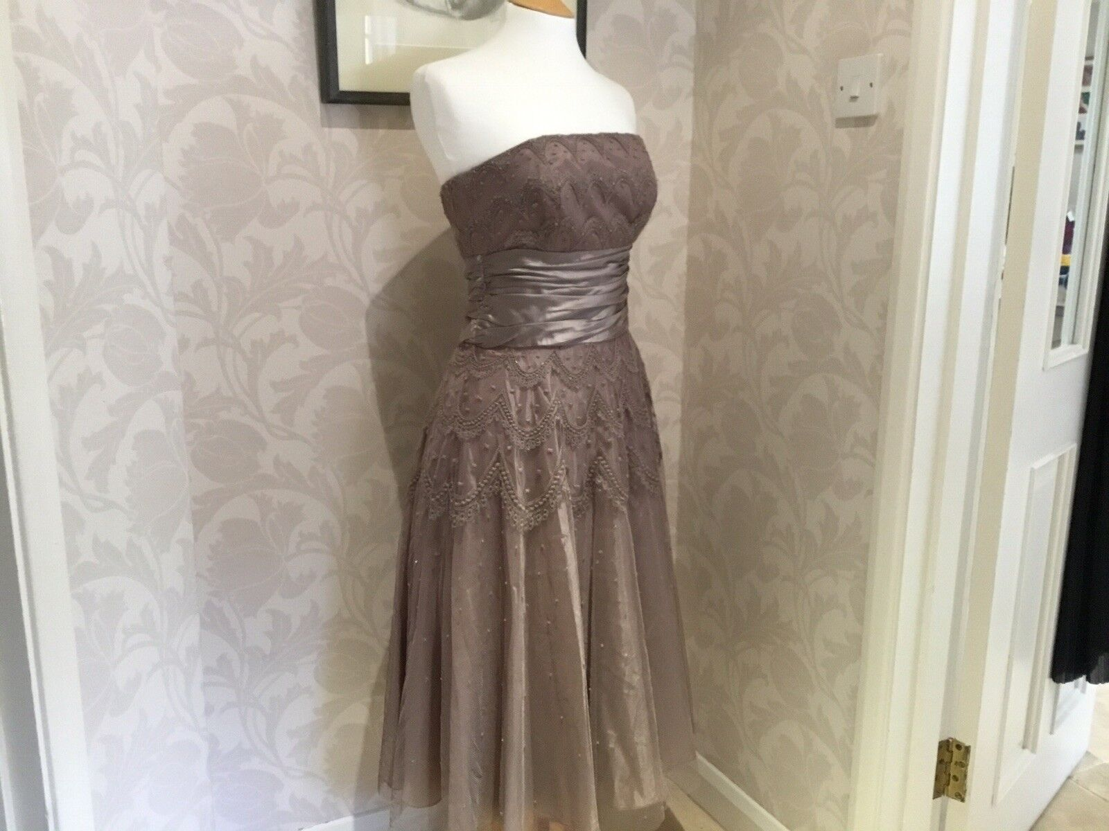 Monsoon Ladies Straps Or Strapless Evening Dress. Size 10.