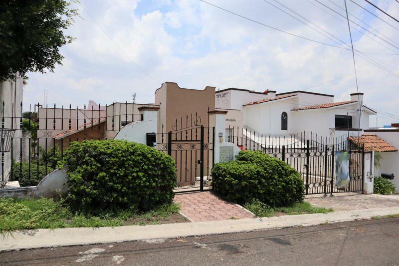Oportunidad, Casa en Venta en Villas del Mesón, Juriquilla, Querétaro.