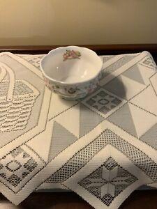 Royal-Doulton-BRAMBLY-HEDGE-Full-size-Tea-Service-Open-Sugar-Bowl