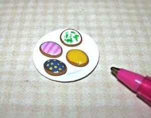 Miniature-Adinolfi-Easter-Egg-Sugar-Cookies-4-on-Plate-3-DOLLHOUSE-Food-1-12