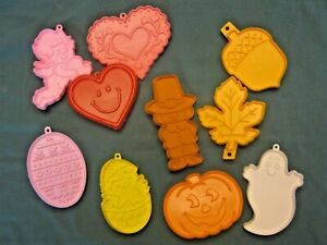 Details About Vintage Hallmark Cookie Cutters Lot Of Ten Plastic Holidays Autumn