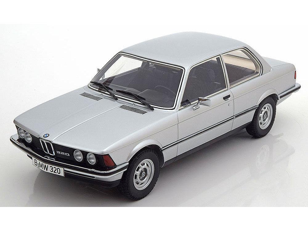 MINICHAMPS 1978 BMW E21 320i Argent  107024200 1 18  objet neuf
