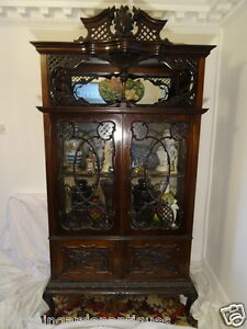 Large-Vintage-Fine-Carved-Antique-Chippendale-Style-Display-Cabinet-In-Mahogany