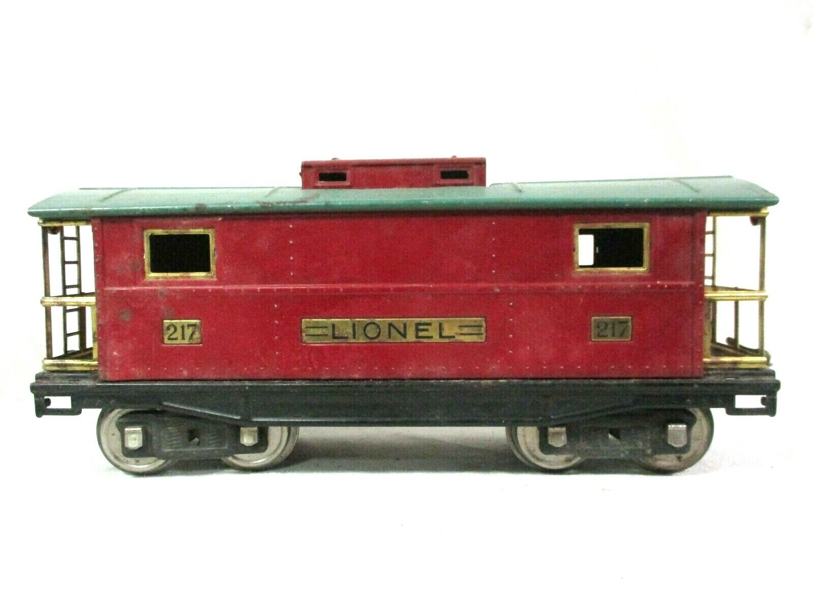 Lionel Red and Green Caboose Pre War Vintage Model Railway Train B56-2