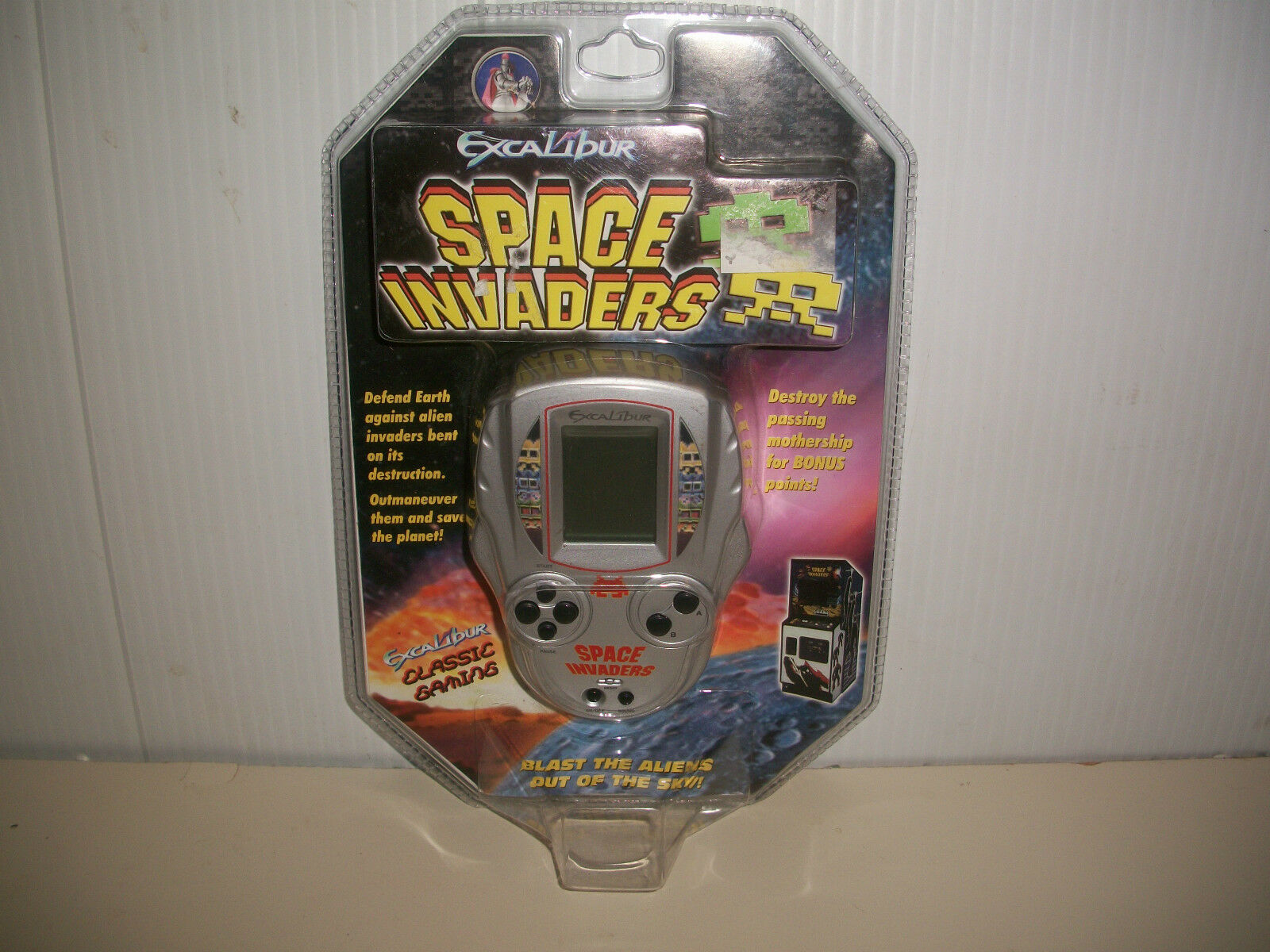VINTAGE HANDHELD GAME EXCALIBUR SPACE INVADERS 1978 COLLECTIBLE ARCADE GAME NOC