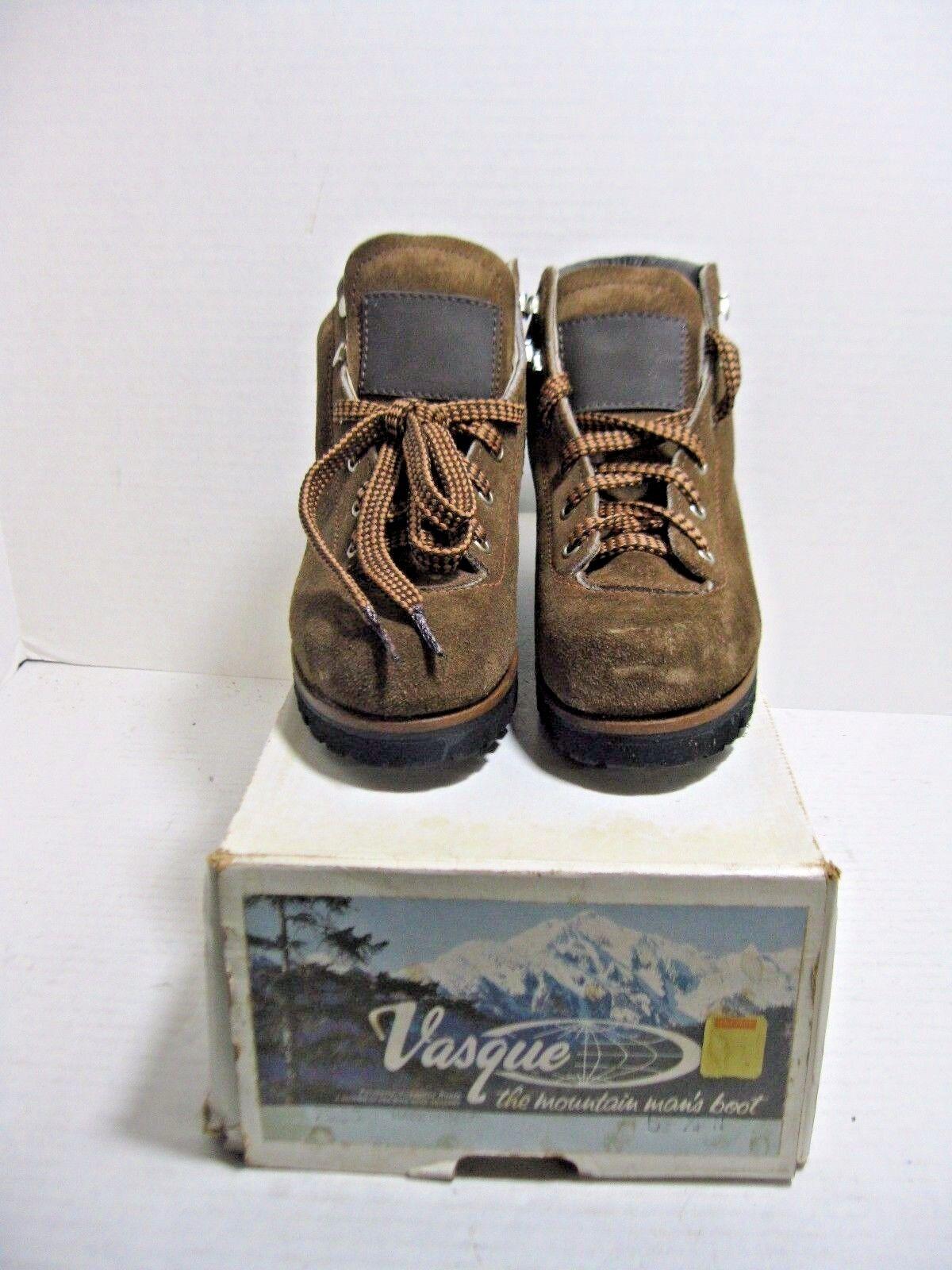 Vintage VASQUE Suede Split Cowhide Womens's Hiking Boots Model 7585 5.5N NIB