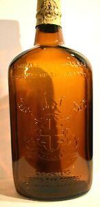 Vintage-Embossed-Amber-Glass-Exporter-039-s-Hudson-039-s-Bay-Company-Liquor-Bottle-Empty