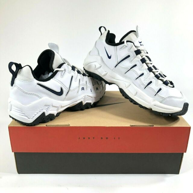 03875678 Nike Air Perish Mens 9.5 Walking Shoes White New Old Stock NOS DS 90s VTG