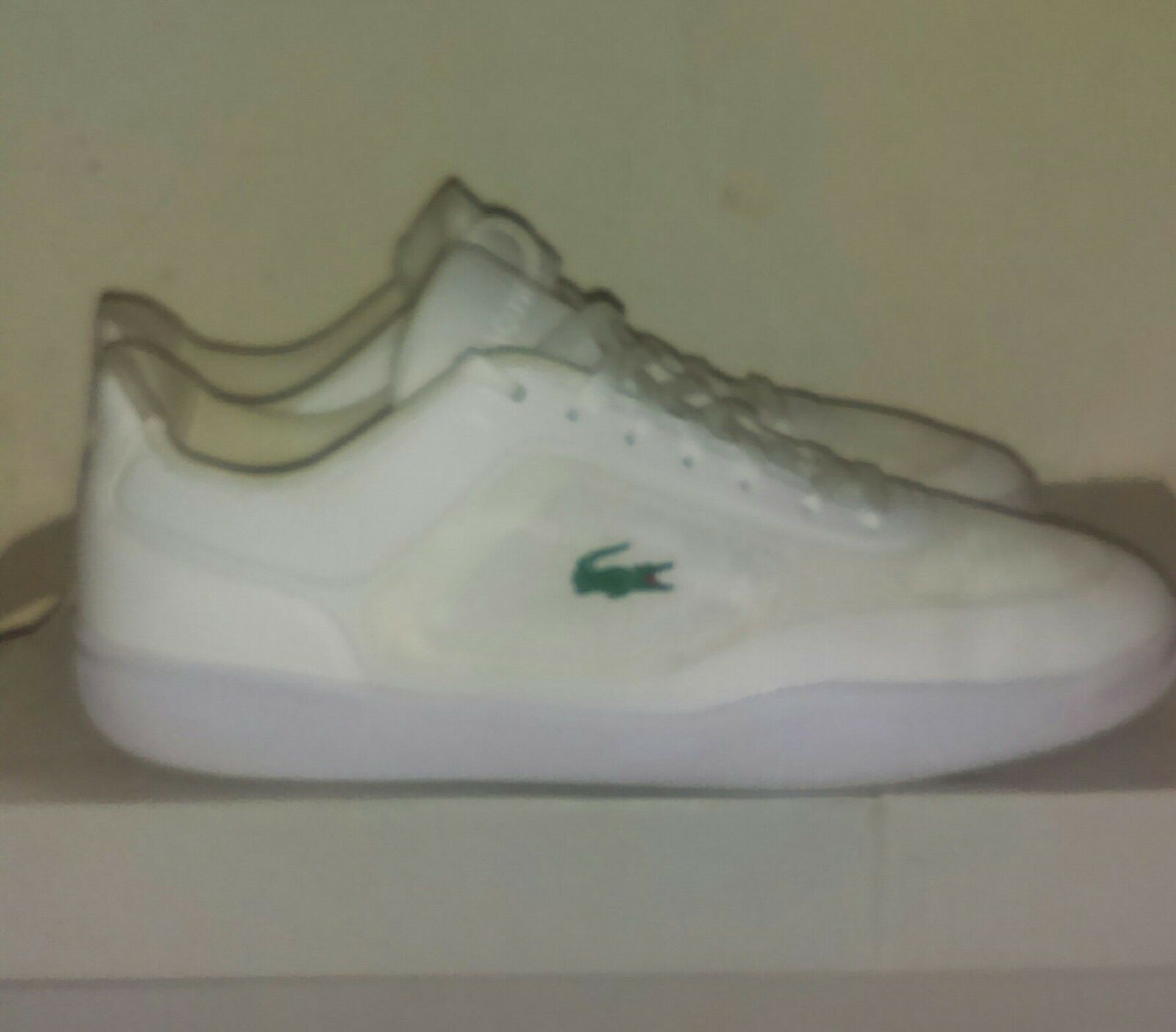 Mens White Low top Lacoste Sneakers Size 7.5