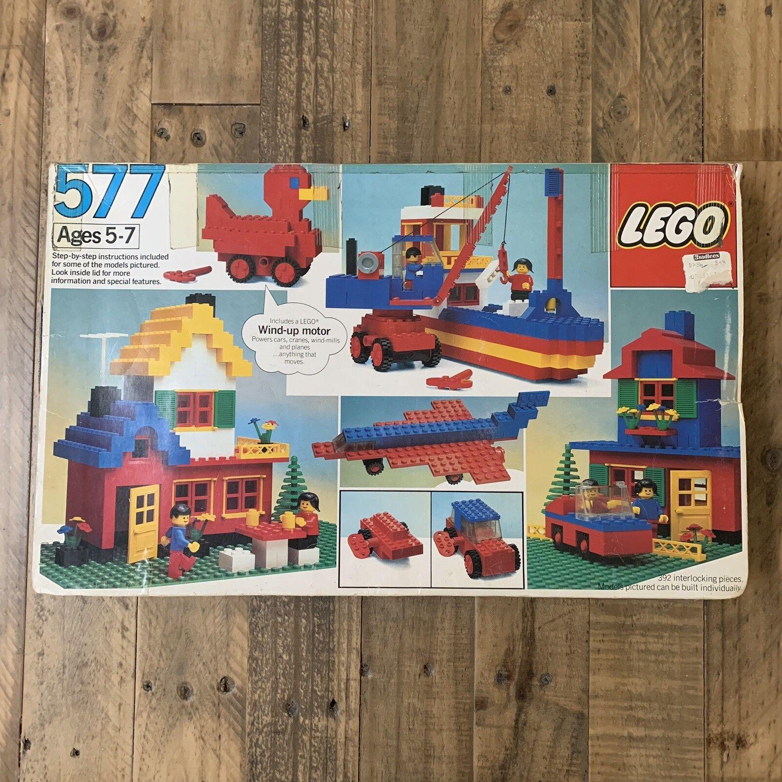 Vintage Lego set 577 Basic Building Set 1983 392 Pieces Minifigs Wind Up Motor