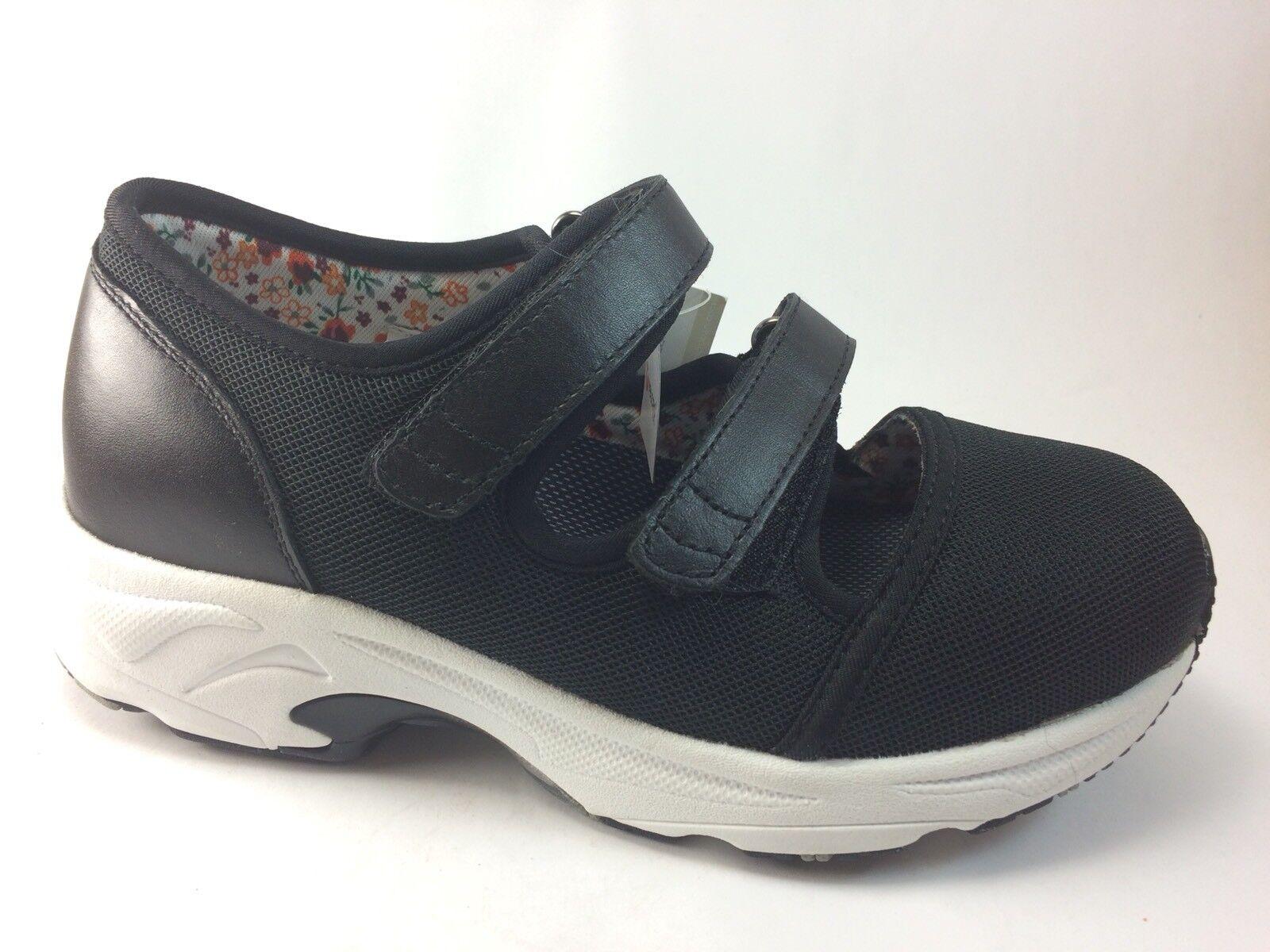 Drew shoes Solo Women's Black Athletic shoes Size 5.5 W