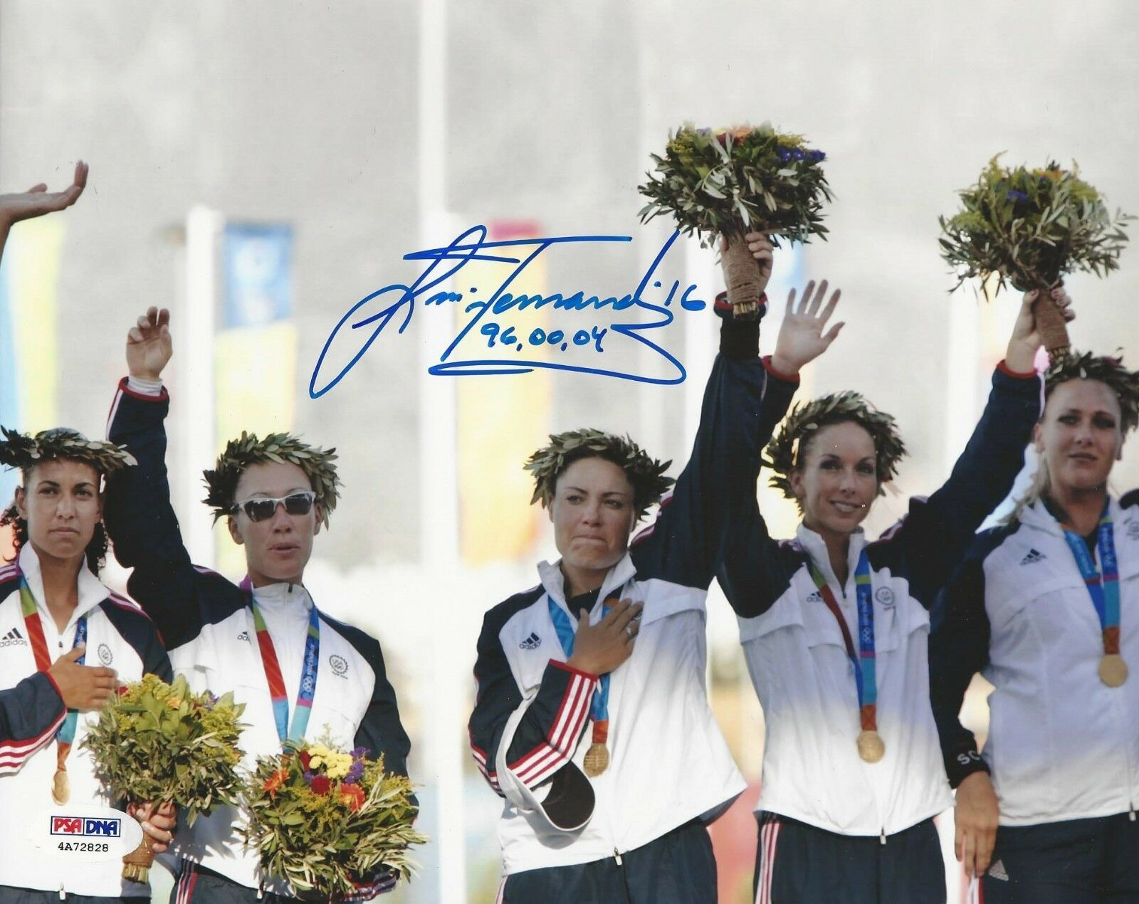 Lisa Fernandez Olympic Gold Medal Winner Signed 8x10 Photo PSA/DNA Cert #4A72828