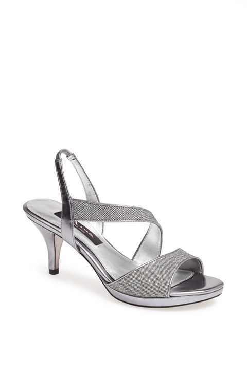 NIB Nina Newmark Women's shoes Sandals Gunmetal Bliss Silver Silver Silver Small Heel Sz 7 e59fe3