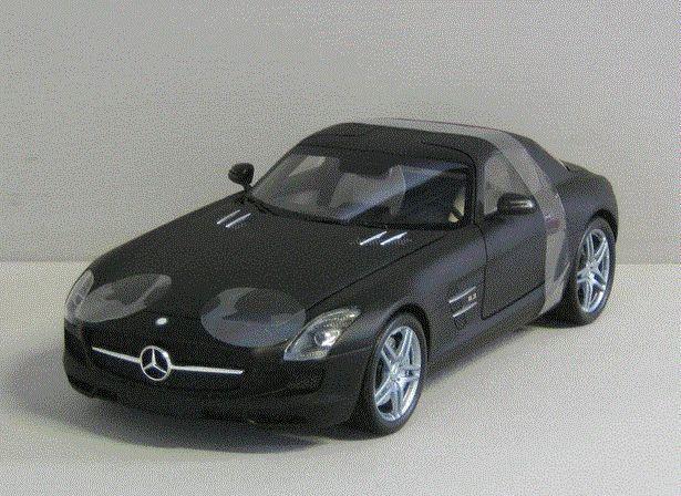 Mercedes-Benz SLS AMG 2010 - 1:18 - Minichamps