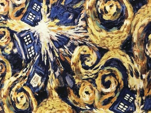 SPRINGS CREATIVE PATCHWORK//CRAFT FABRIC DR WHO POLICE BOX 51564