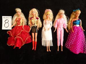 Lots N° 7 Et 8 - 10 Poupées Barbie Fabrication Malaysia vintage