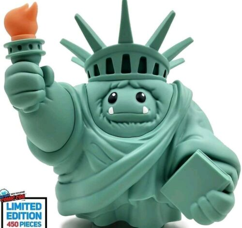 NYCC 2019 exclusive LIBERTY CHOMP Abominable Toys vinyl figure GLOW InHand kaiju