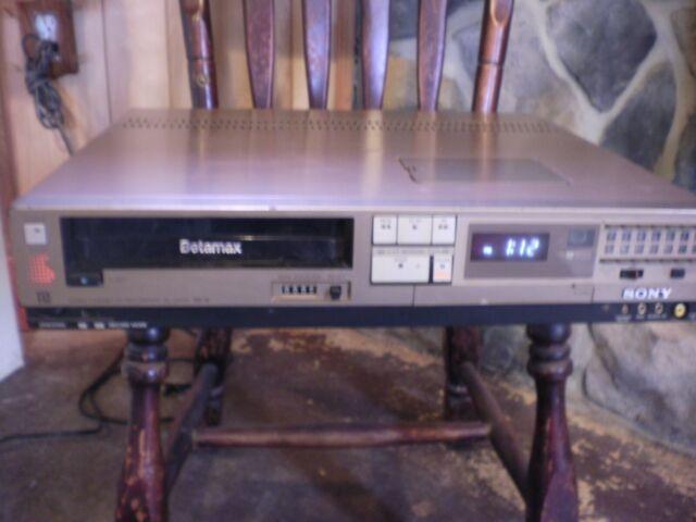 Vintage Sony Betamax Video Cassette Recorder SL-2405