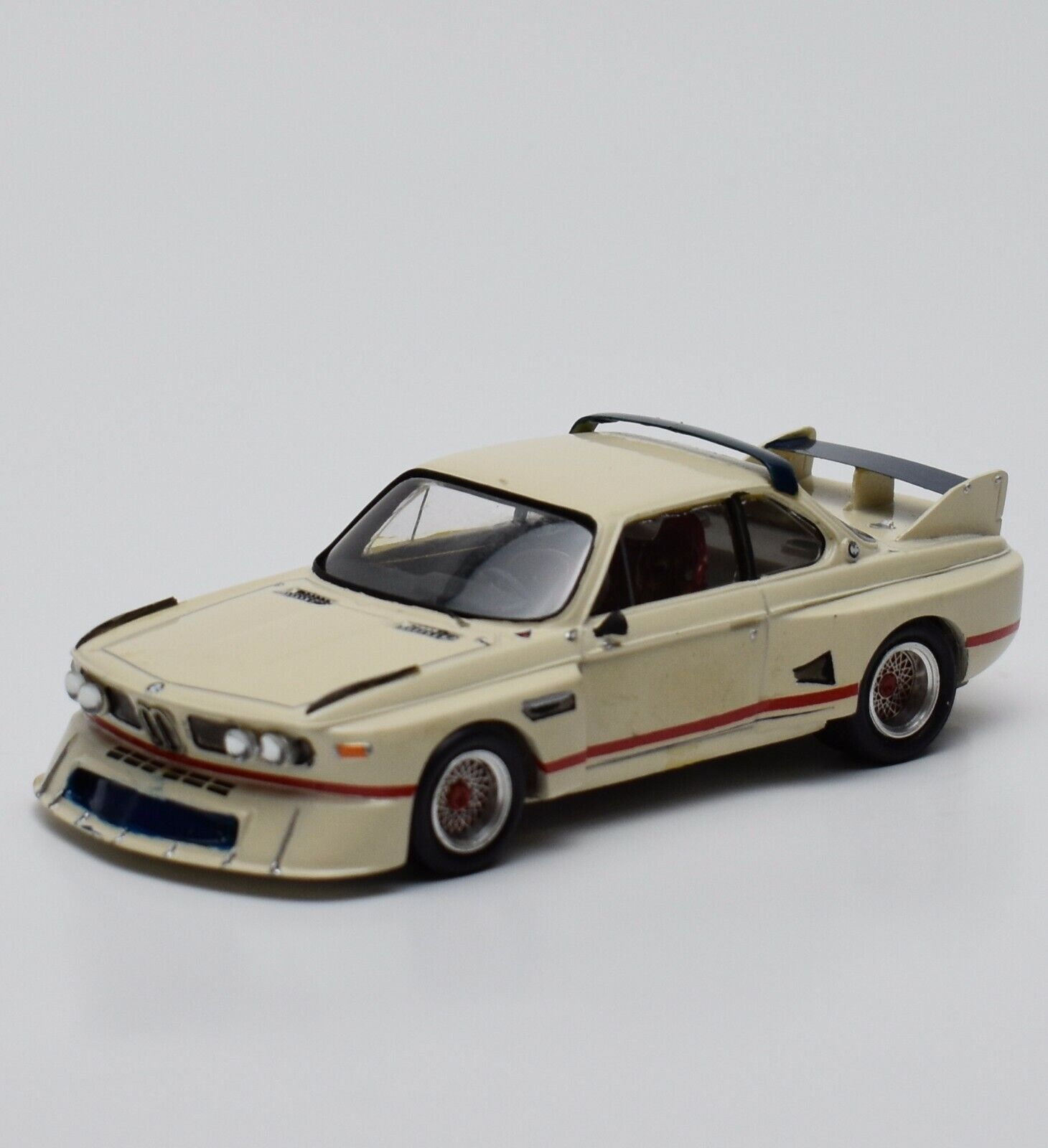 Provence Moulage BMW 3.5 CSL LEMANS 1976 in painted white, 1 43, V002