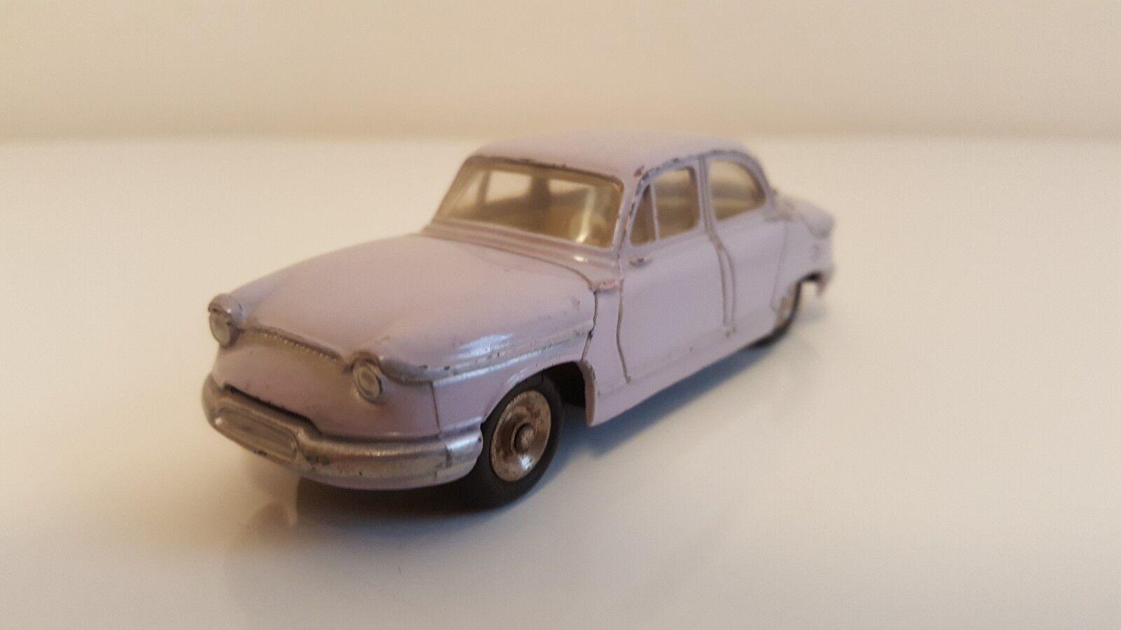 Dinky Toys -  547 - Panhard PL 17