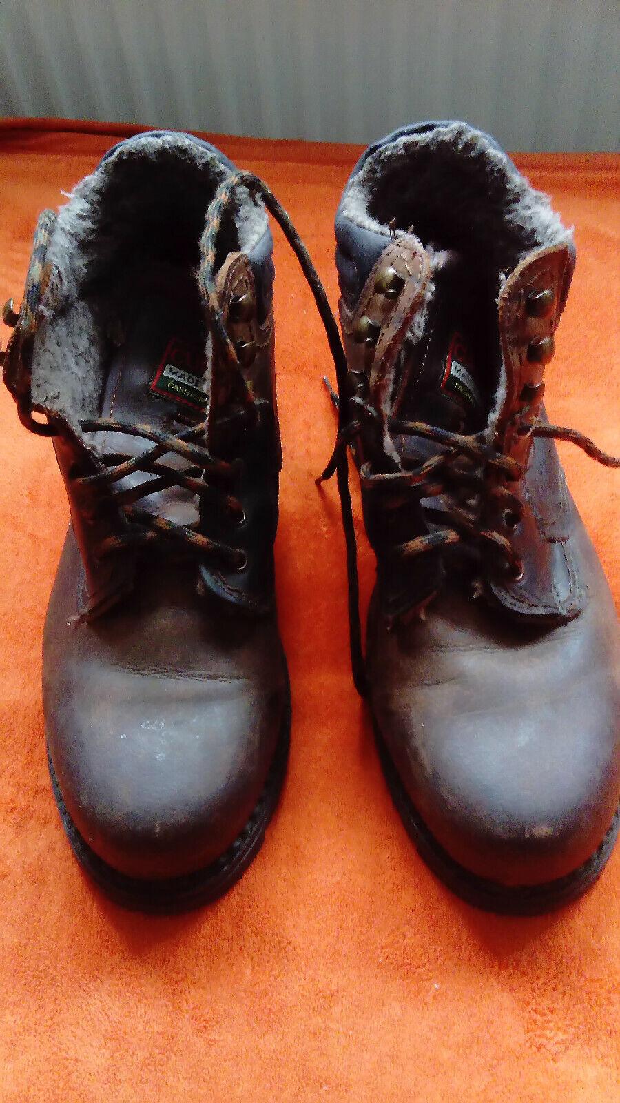 Cursor Stiefel Wanderschuhe MADE IN ITALY Aus dem Urlaub mitgebracht NEU Gr. 43