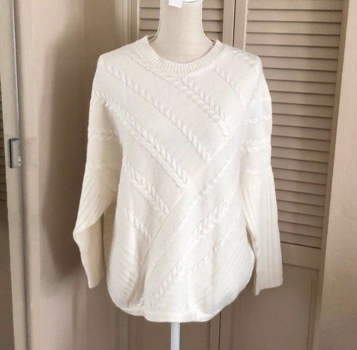 White knitted asymmetric sweater XS