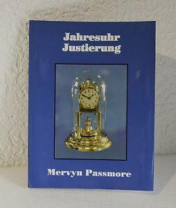 Jahresuhr-ajuste-Mervyn-Passmore-relojes-libro