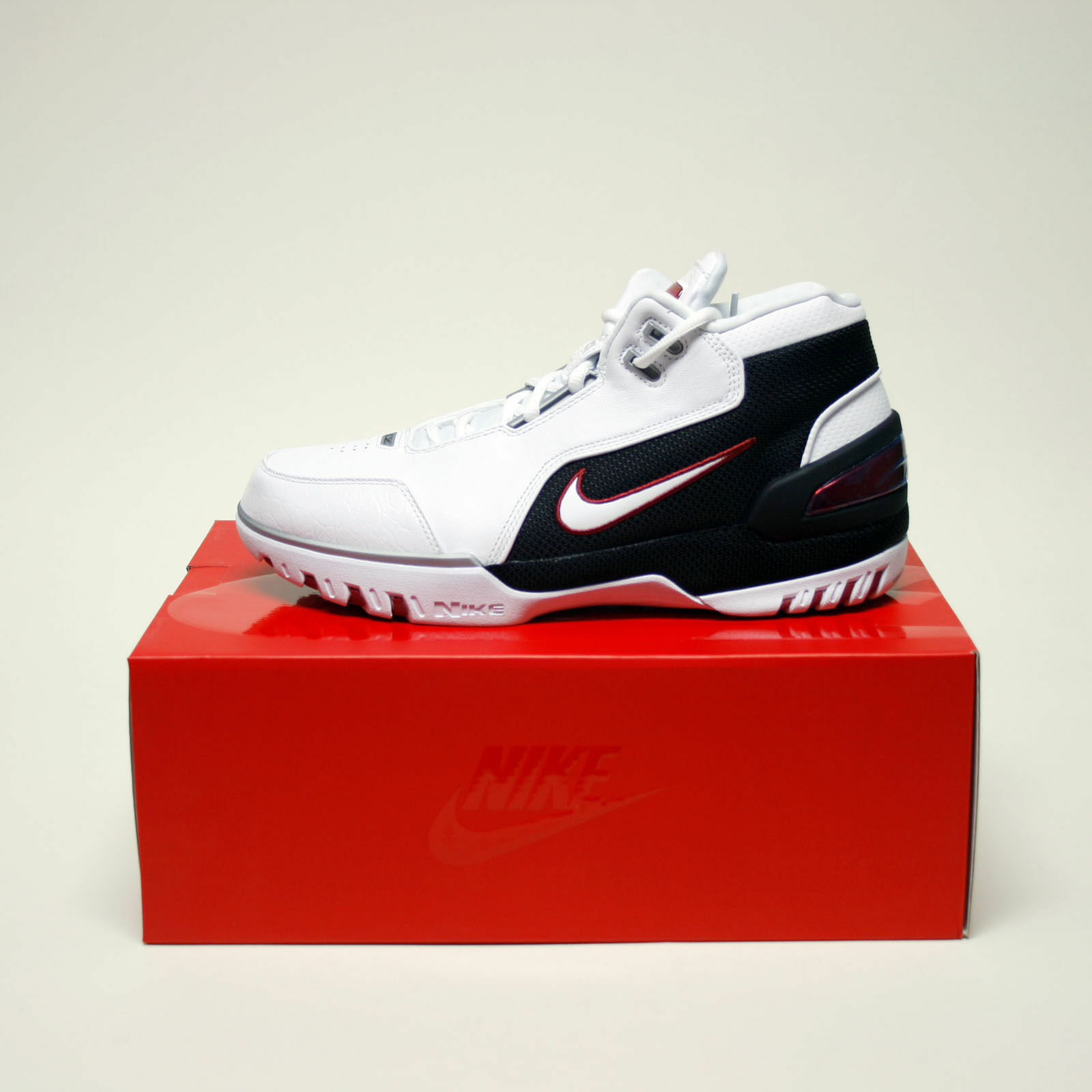 Nike Air Zoom Generation QS KINGS FIRST GAME AJ4204-101 LEBRON JAMES SZ 8