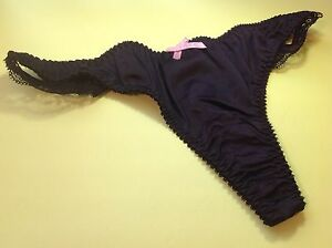 Women-Panties-Thongs-034-Forever-21-034-Size-Small-Black-Satin-W-Decoration-Silky