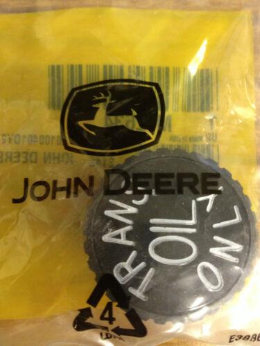 JOHN DEERE Tranmission Filler Cap M42634 316 318 330 332 400 420 430 110 112 300