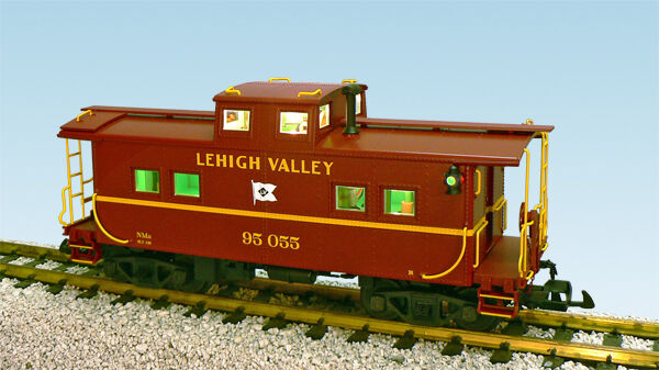 USA Trains 12163 G Scale Center Cupola Caboose Lehigh Valley