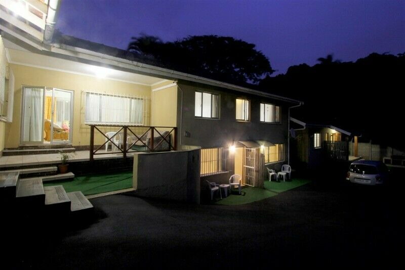 HOLIDAYMAKERS, CONTRACTORS, BUSINESS PERSONS -  BUDGET, CLEAN, SELF-CATERING ACCOMM IN DURBAN NORTH.