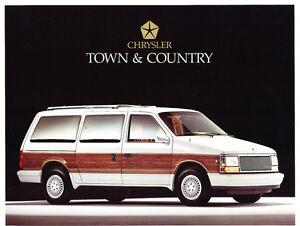 1989-Chrysler-Town-amp-Country-Van-Original-1-page-Sales-Brochure-Card