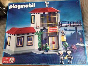 Caserne de pompiers rare Playmobil Référence 3175 Discontinued