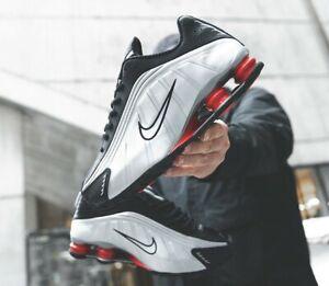 Scarpe-sneakers-uomo-Nike-Shox-R4-OG-034-Black-Silver-034-vari-numeri-cod-BV1111-008