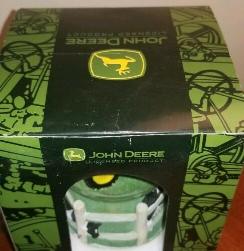 JOHN DEERE 2440 TRACTOR SNOW GLOBE MUSICAL WATERBALL DOWN BY OLD MILL STREAM NEW