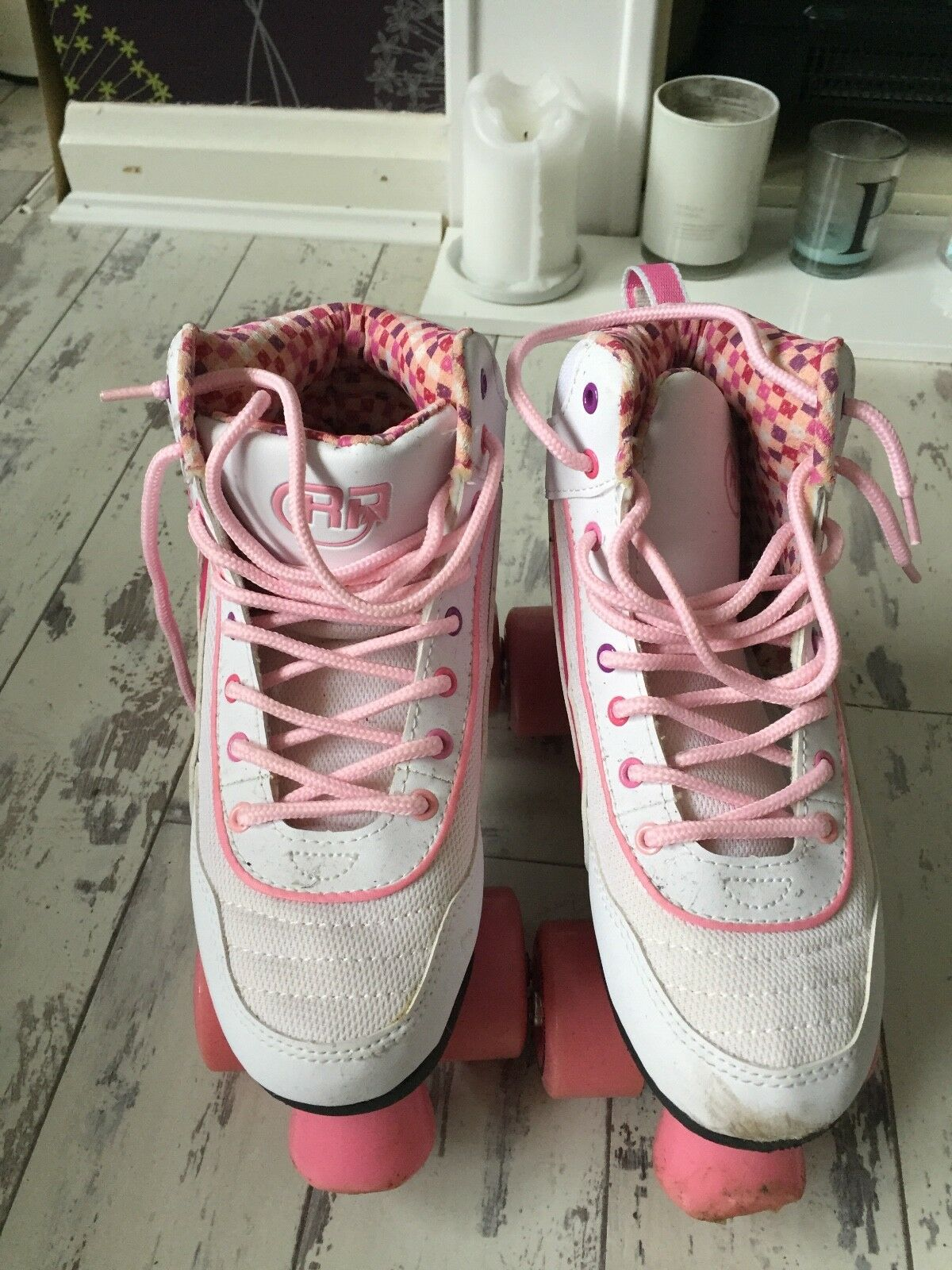 Roller boots size 4 ladies, white and pink