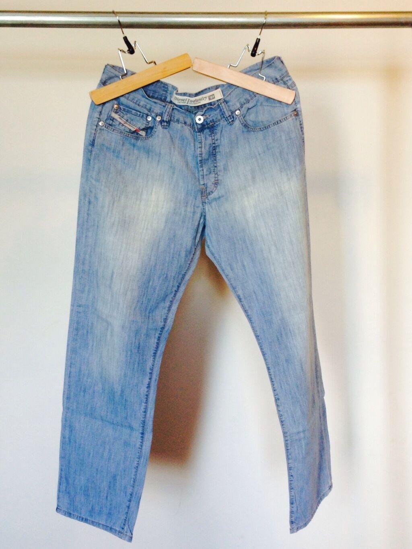 Diesel Men's bluee Denim Jeans