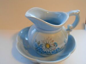 Vintage McCoy Pottery Pitcher & Bowl  Basin #7528 Powder Blue Daisies USA