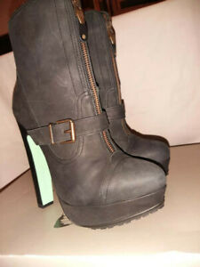 Womens TOPSHOP Black Leather BOOTS by