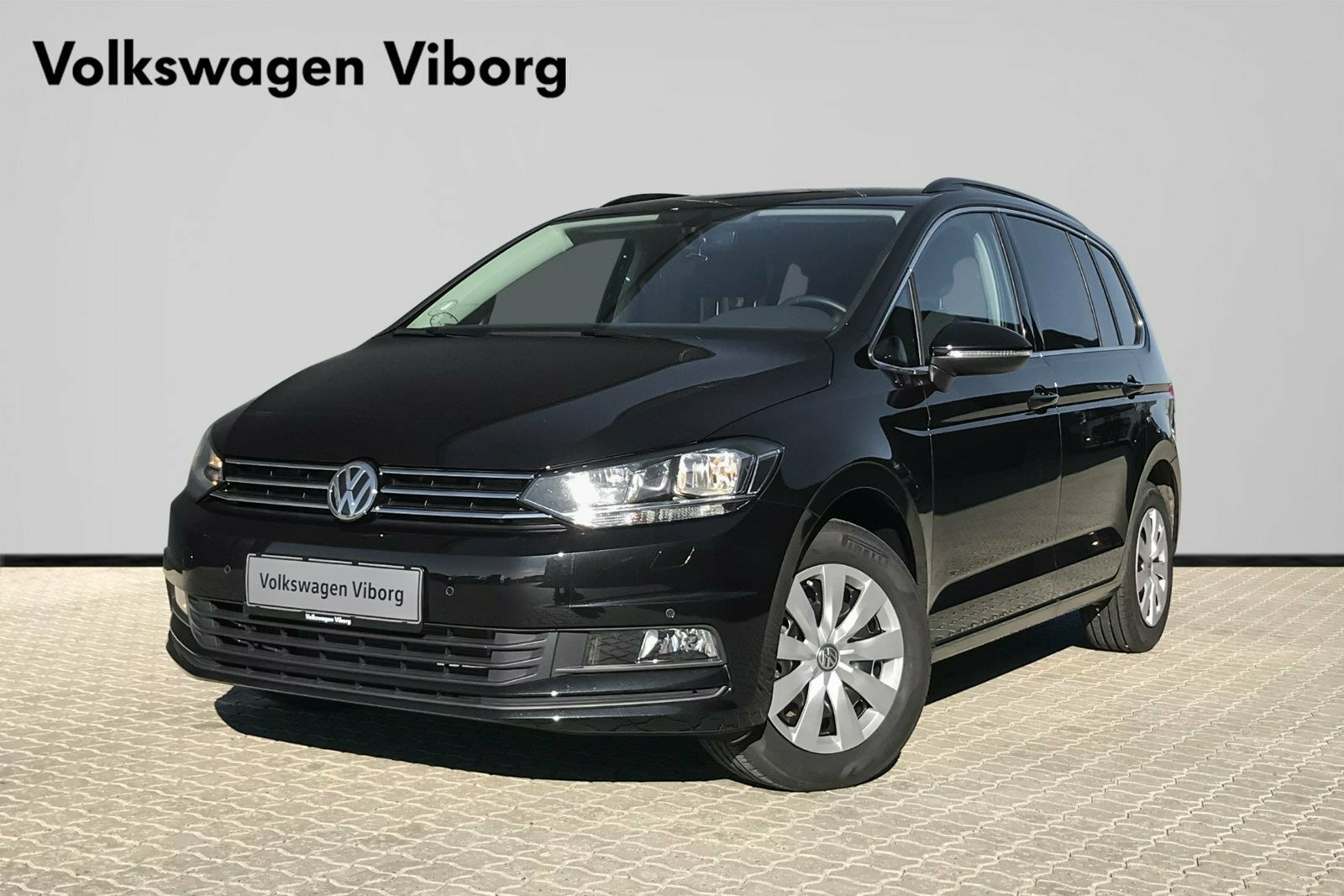 VW Touran 1,6 TDi 115 Comfortl. Connect DSG 5d - 309.900 kr.