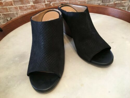 Details about  /Franco Sarto Black Snake Emboss Suede Firefly Peep-toe Mules New