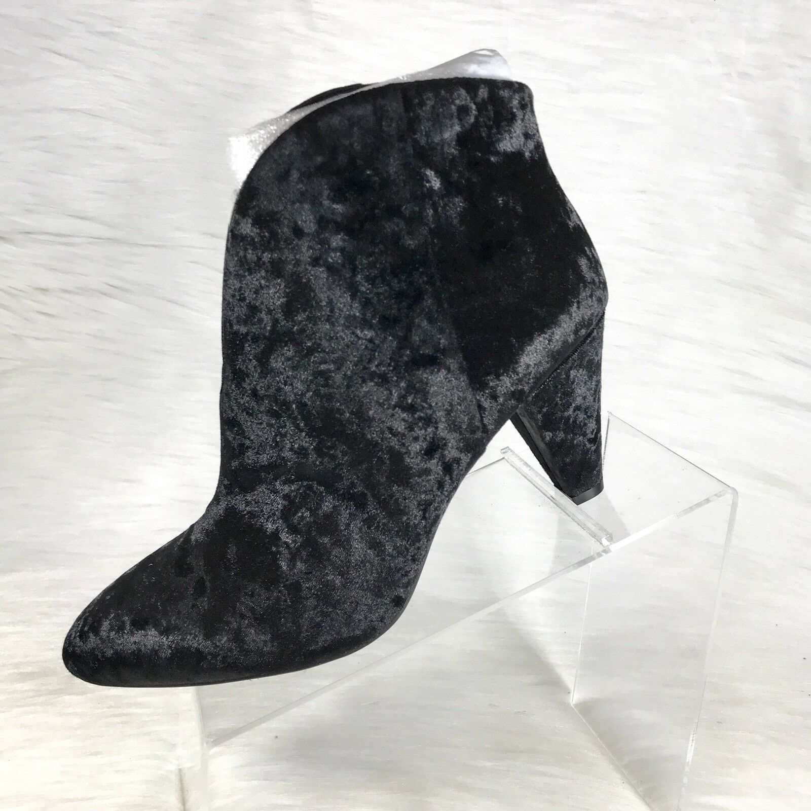 Vince Camuto Evanata Ankle Boots Booties Black Velvet Crushed Size 10 W NEW
