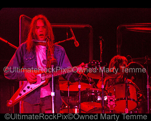 NEIL YOUNG PHOTO 8x10 Concert Photo in 1973 by Marty Temme 1 Flying V CSNY