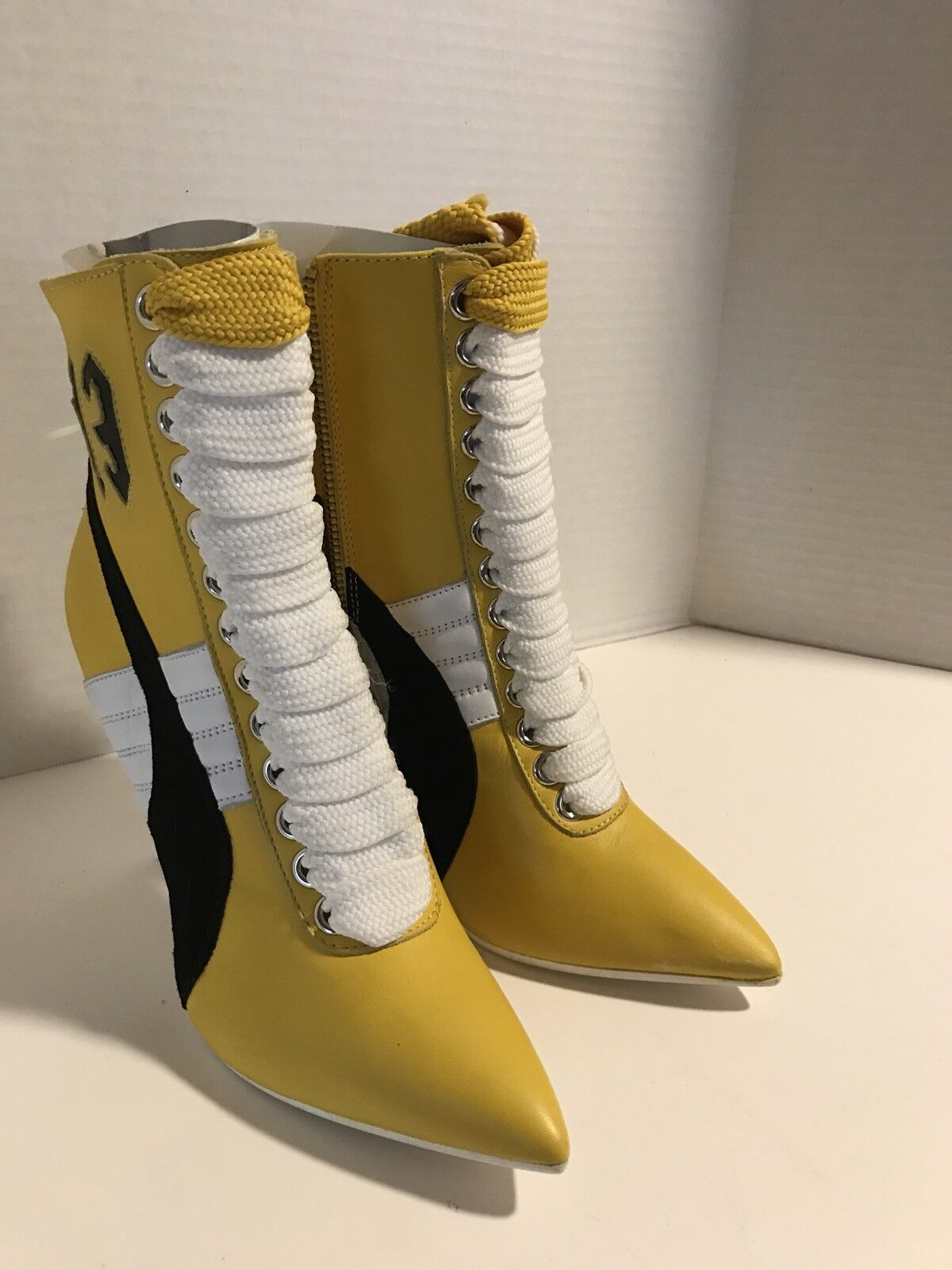 Puma Fenty By Rihanna  Brand Luxury Yellow Boot  (SIZE 6)